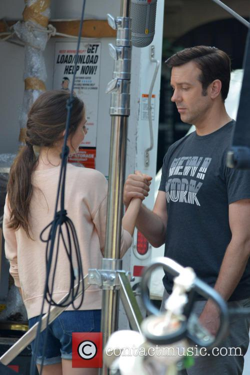 Jason Sudeikis and Alison Brie 8