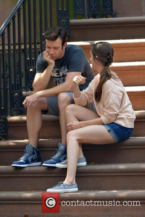 Jason Sudeikis and Alison Brie 34