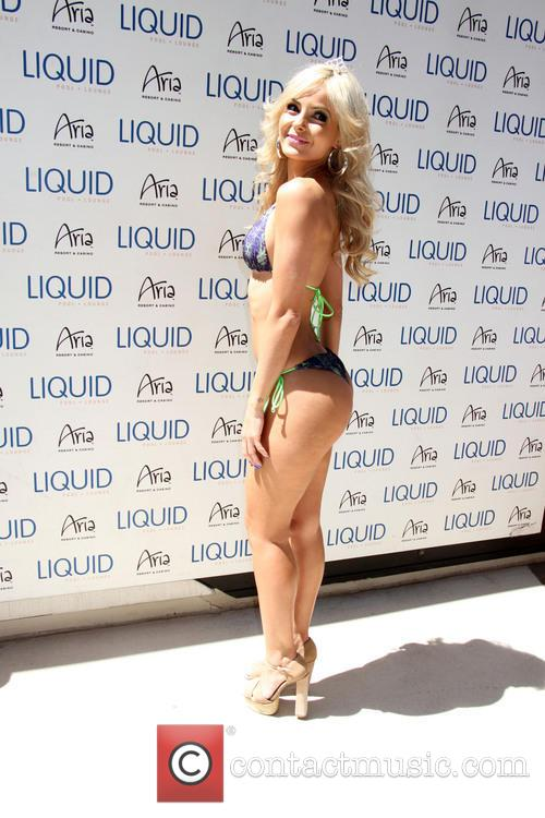 jhenny andrade ufc pool party at liquid 4270897