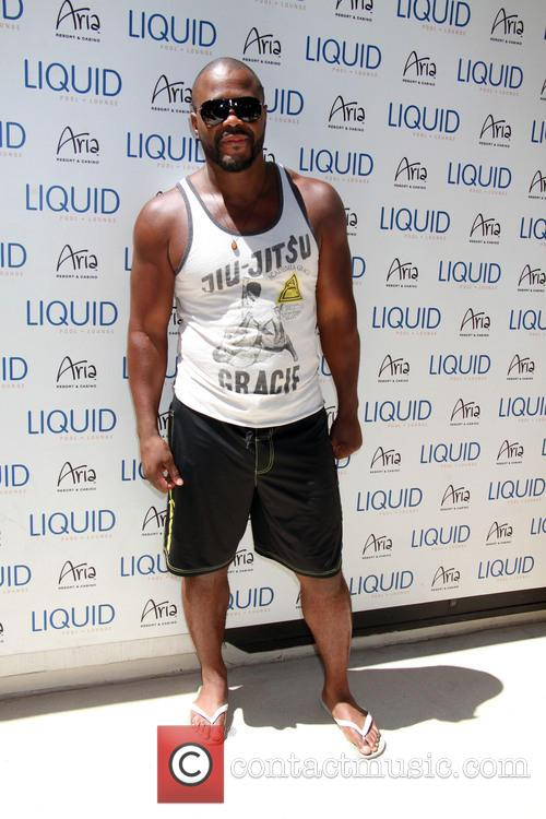rashad evans ufc pool party at liquid 4270901