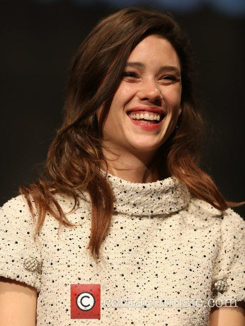 Astrid Berges-frisbey 2