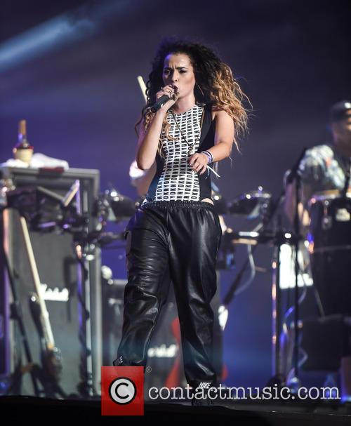 Ella Eyre and Rudimental 10