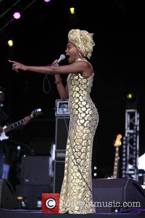 The Noisettes and Shingai Shoniwa 8