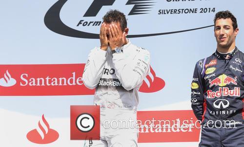 Lewis Hamilton and Daniel Ricciardo 10