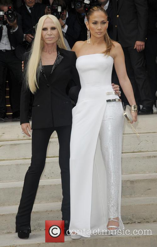Jenifer Lopez and Donatella Versace 3
