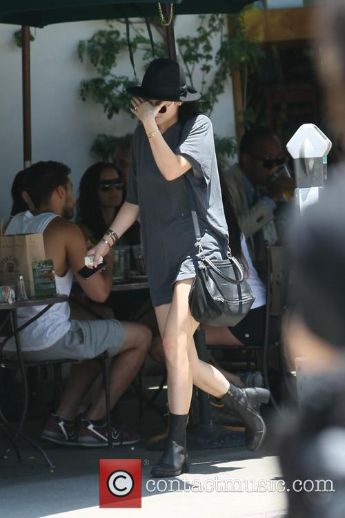 Kylie Jenner leaving a cafe after having lunch with a friend