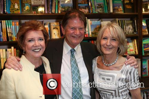 Cilla Black, Guest and Sandra Howard 1