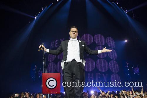 Robbie Williams 32