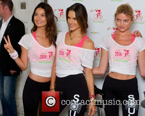 Victoria's Secret Angels Supermodels Cycle For Pelotonia
