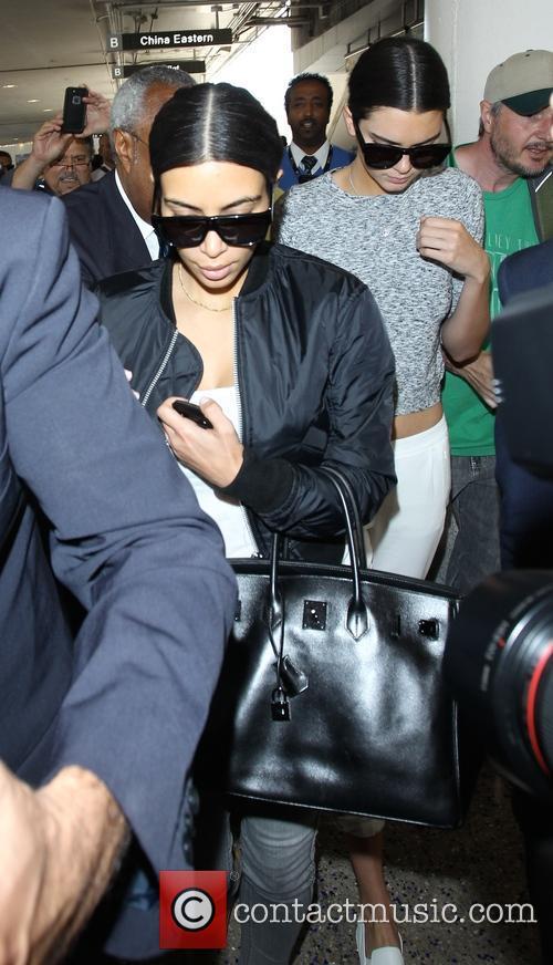 Kim Kardashian and Kendall Jenner 4