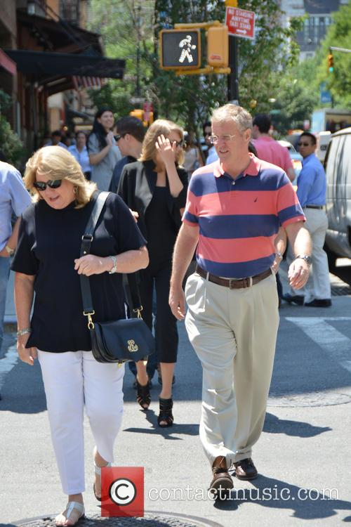 Taylor Swift, Scott Swift, Andrea Finley and Andrea Finlay 5