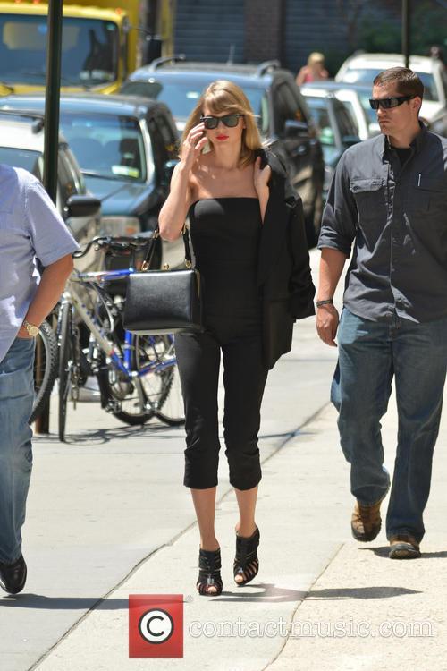 Taylor Swift 18