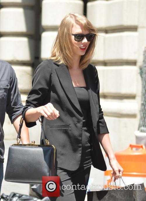 Taylor Swift 43