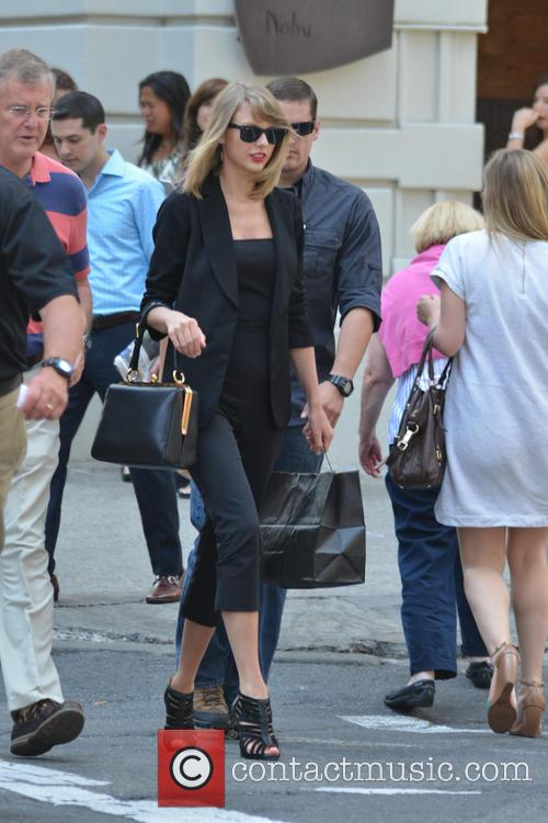 Taylor Swift 63