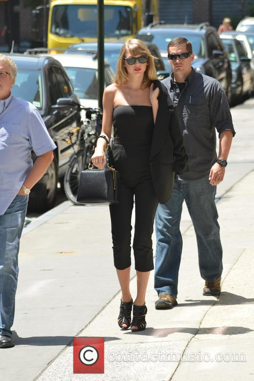 Taylor Swift 74