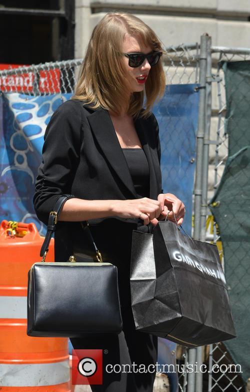 Taylor Swift 109