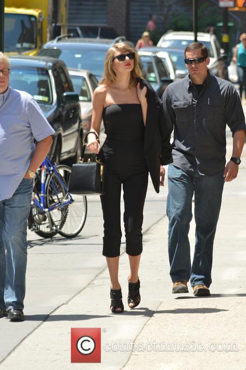 Taylor Swift 111