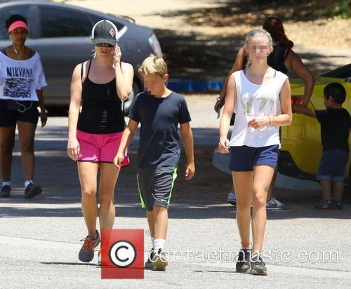 Reese Witherspoon, Ava Phillippe and Deacon Phillippe