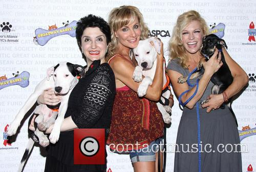 Lauren Cohn, Judy Mclane and Felicia Finley 7