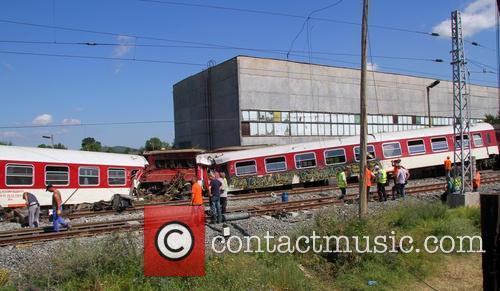 Train derailment in Bulgaria leaves one dead and...