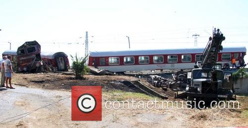 Train derailment in Bulgaria leaves one dead and...