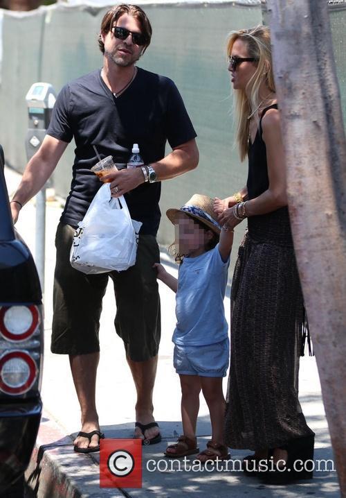 Rachel Zoe and family leaving Le Pain Quotidien...