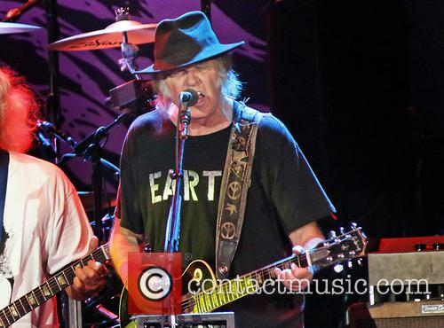 Neil Young 16