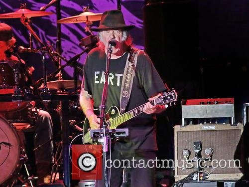Neil Young 28