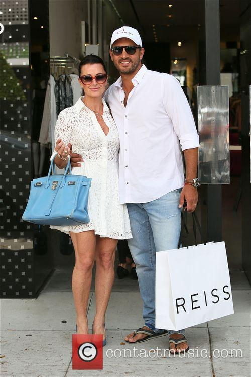 Kyle Richards and family on shopping spree on...