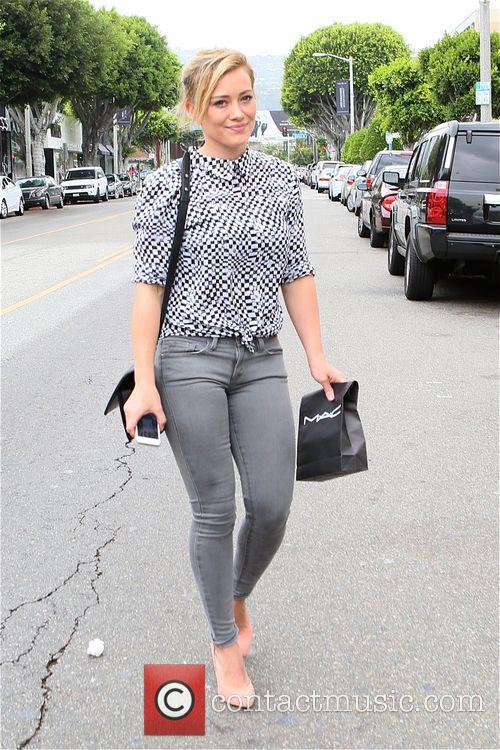 Hilary Duff leaves MAC Cosmetics
