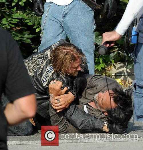 Charlie Hunnam and Jimmy Smits 9