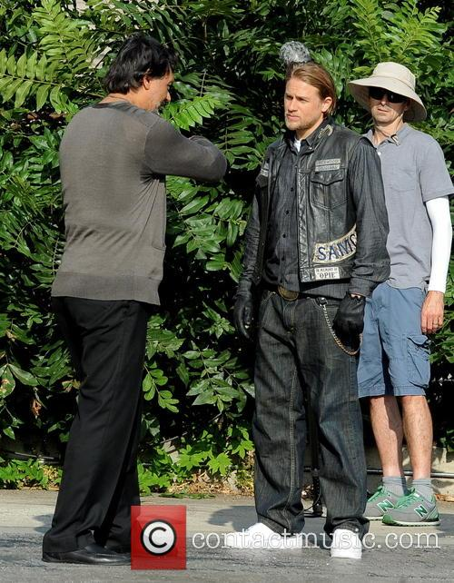 Charlie Hunnam and Jimmy Smits 10
