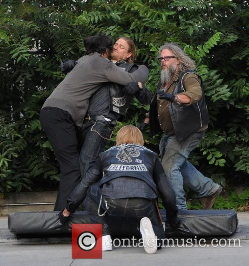 Charlie Hunnam, Jimmy Smits and Mark Boone Junior 2