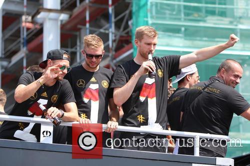 The German National Football Team arriving at Brandenburg...