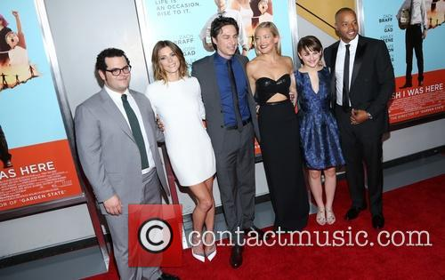 Josh Gad, Ashley Greene, Zach Braff, Kate Hudson, Joey King and Donald Faison