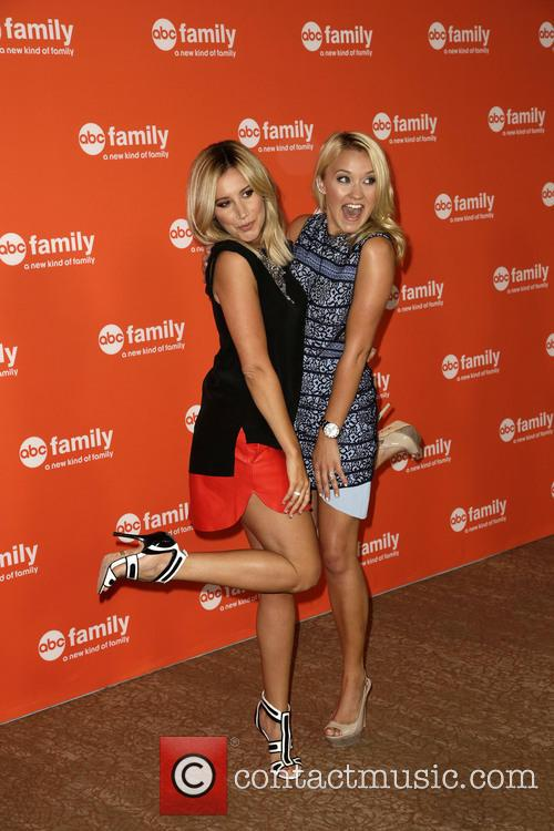 Ashley Tisdale and Emily Osment
