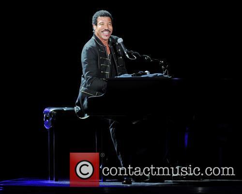 Lionel Richie 29
