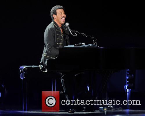 Lionel Richie 30