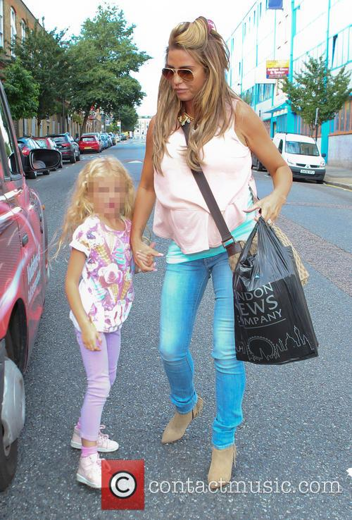 Katie Price, Jordan and Princess Tiaamii 8