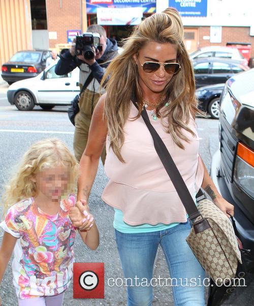Katie Price, Jordan and Princess Tiaamii 9