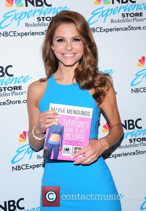Maria Menounos 'The EveryGirl's Guide to Diet and Fitness' book signing