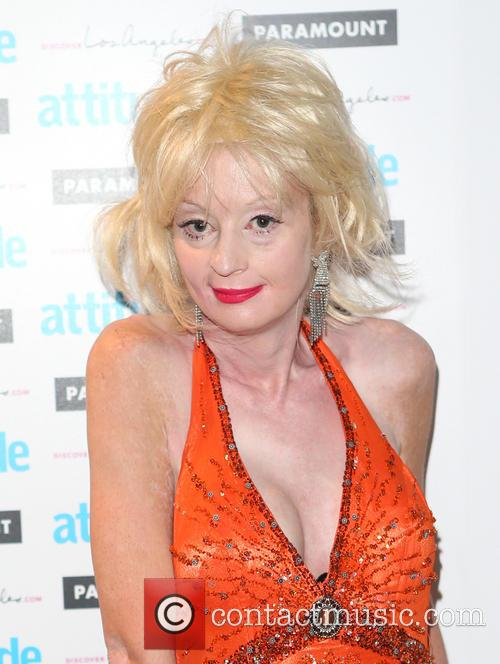 Lauren Harries 6