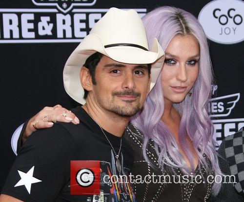 Brad Paisley and Kesha 2