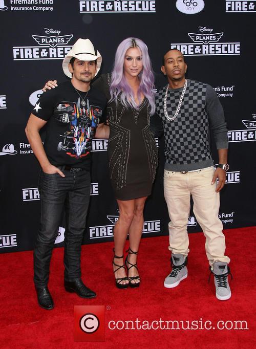 Brad Paisley, Kesha and Ludacris 5