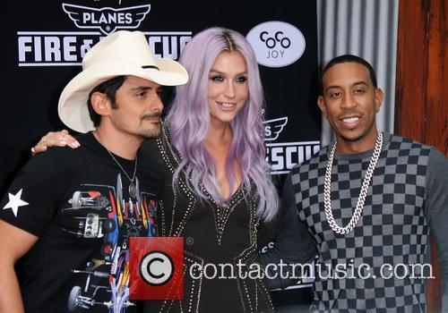 Brad Paisley, Kesha and Ludacris 6