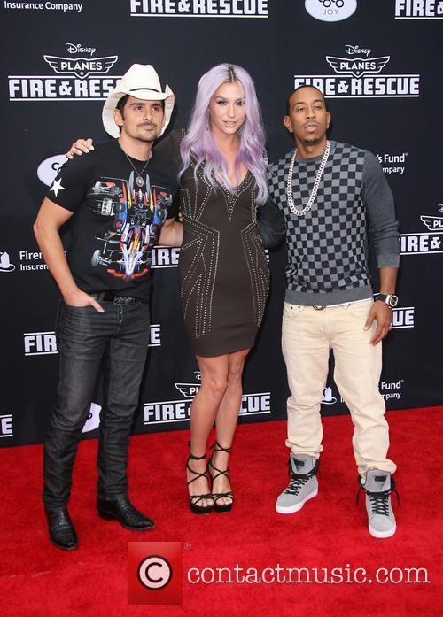 Brad Paisley, Kesha and Ludacris 8