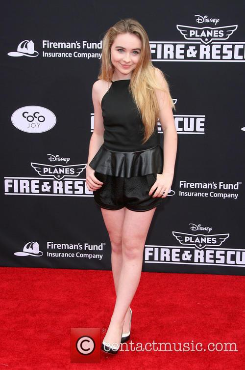 Sabrina Carpenter 4
