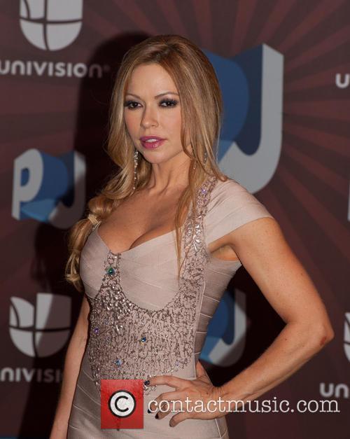 Claudia Molina 3