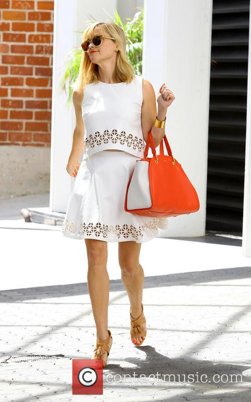 reese witherspoon reese witherspoon out in santa 4291235