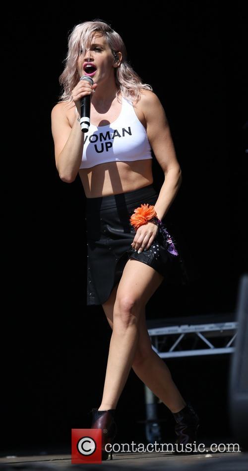 Ashley Roberts 9